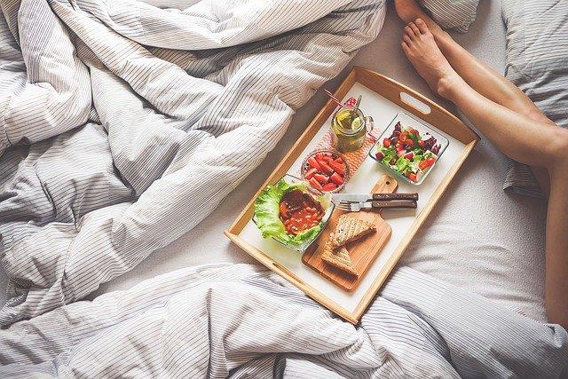 Ontbijt op bed bestellen
